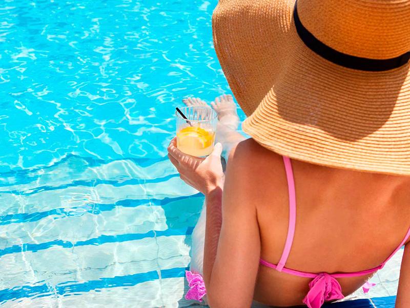 Organizza la tua festa in piscina