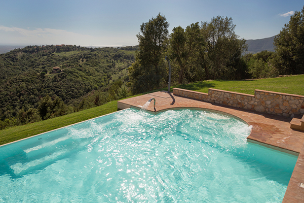 Allungare la stagione estiva con la piscina riscaldata